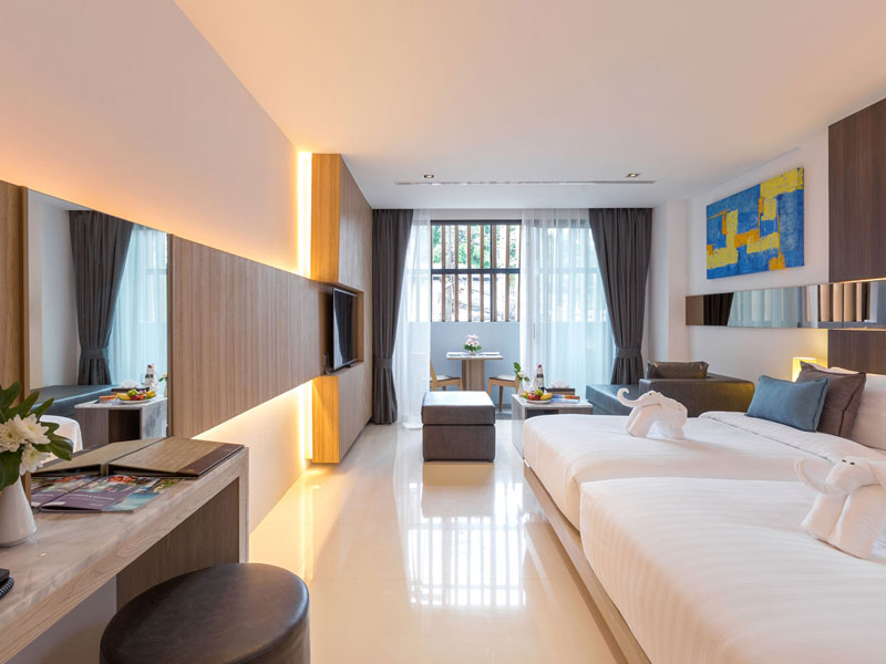 Deluxe Room Accommodatation at The Kudo Hotel Patong