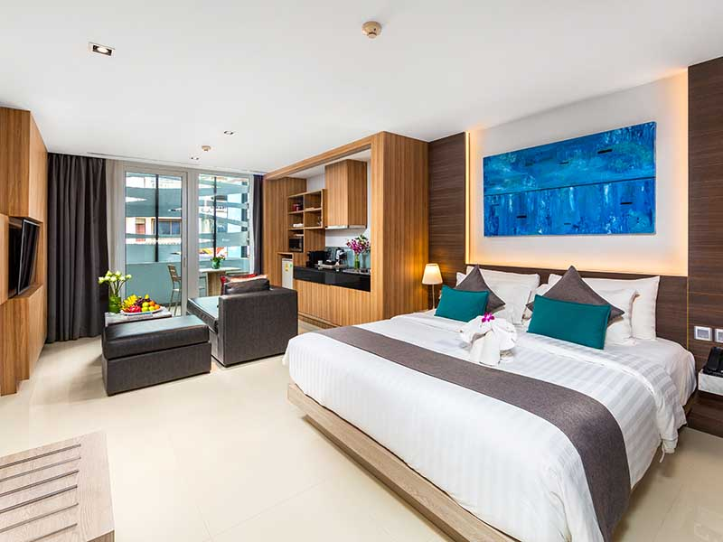 Premier Deluxe Room Accommodatation at The Kudo Hotel Patong